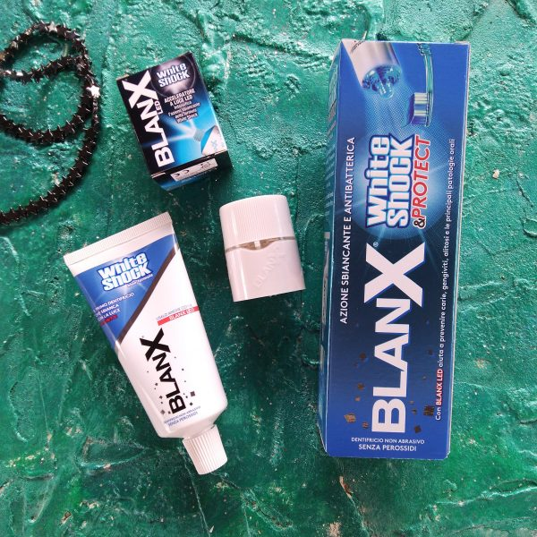 Зубная паста Зубная паста Blanx White Shock Protect LED